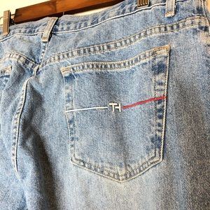 VTG Tommy Hilfiger High Waisted Straight Leg Jeans